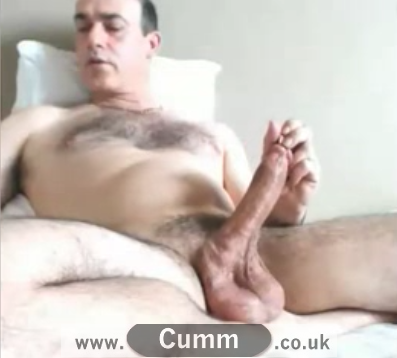 bloke demonstrate frenelum tickling and other slow sensual wanking techniques